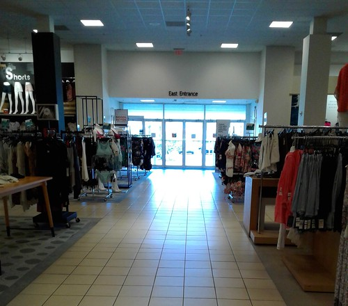 merrittsquaremall mall merrittisland brevardcounty florida sears jcpenney dillards macys retail shoppingcenter departmentstore