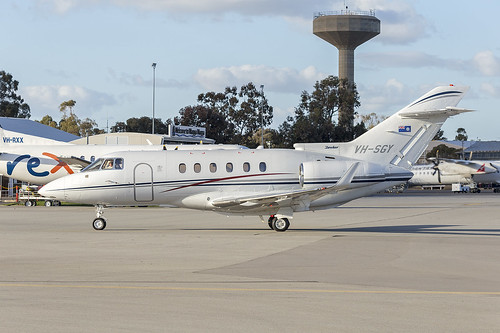 Government of Queensland (VH-SGY) Raytheon Hawker 850XP at Wagga Wagga Airport | by Bidgee