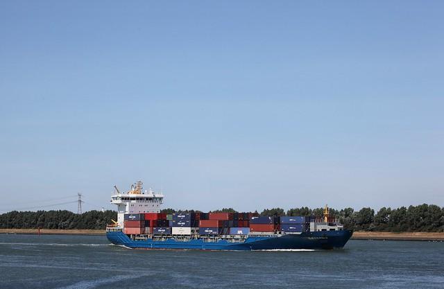 4834 Containerschip Externo Hvh 05-08-2018