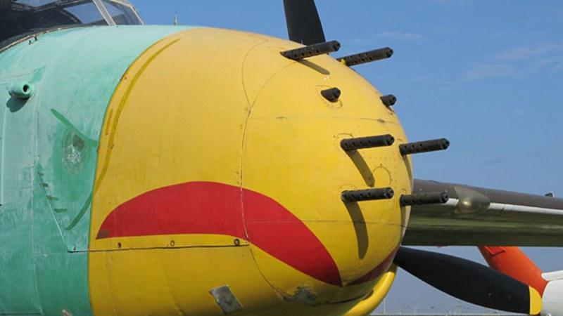 B-25J 20NC Strafer _04
