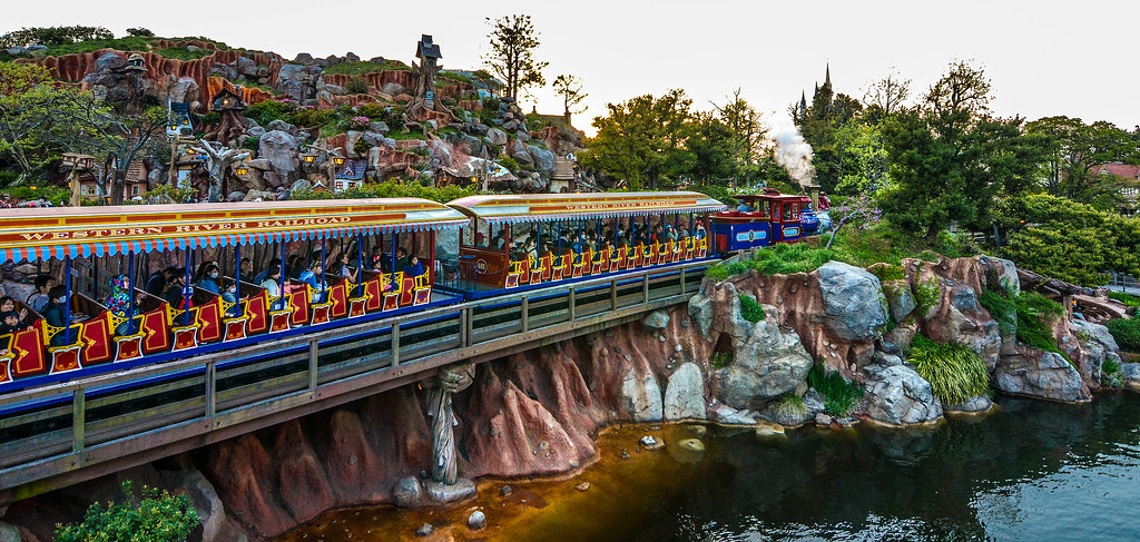 Train from boat TDL
