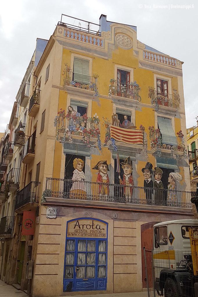 Seinän kokoinen muraali Tarragonassa