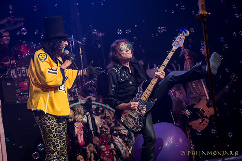 Alice Cooper Band live at Tennessee Performing Arts Center | by teebzhbic