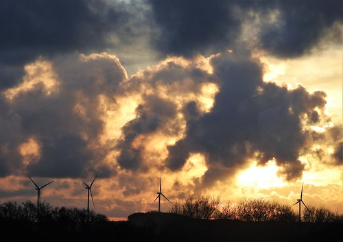 Sunset and Wind Turbines - Cresswell Ponds | by Gilli8888