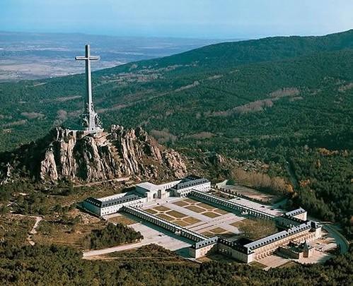 Cruz de los Caídos, Madrid