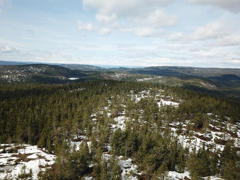 07-Utsikt nordover fra Gjevlekollen (drone)