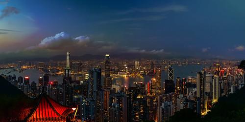 hongkong hong kong city skyline blue hour dusk dawn sunset sunrise sonnenuntergang sonnenaufgang zeiss lights sky himmel heaven skyscraper water 城市 天際線 摩天大廈 天空 建築物 水 thepark 夜景 twilight sparkle