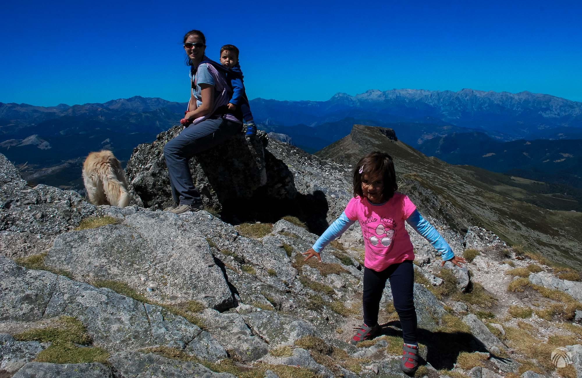La familia en la cumbre