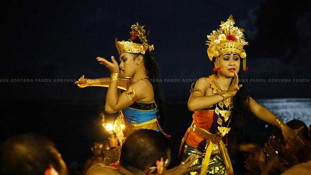 Kecak Dance: Story of Ramayana | Kecak Dance is a form of Ba