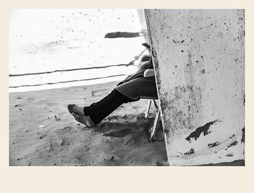 2018 architecturebatimentsmonuments bandw bw france hautsdefrance landscape letouquet pasdecalais paysages personnes techniquephoto blackandwhite boutique monochrome napaflomaphotographe noiretblanc noiretblancfrance photoderue photographe plage province streetphoto streetphotography