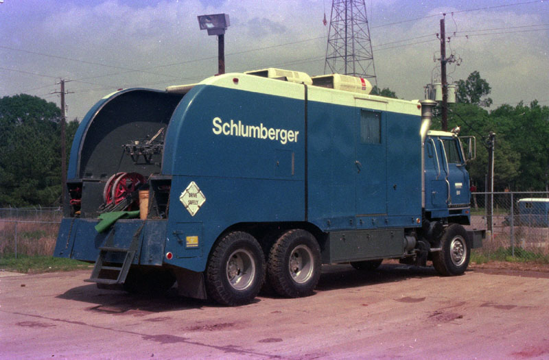 Schlumberger Truck - a photo on Flickriver