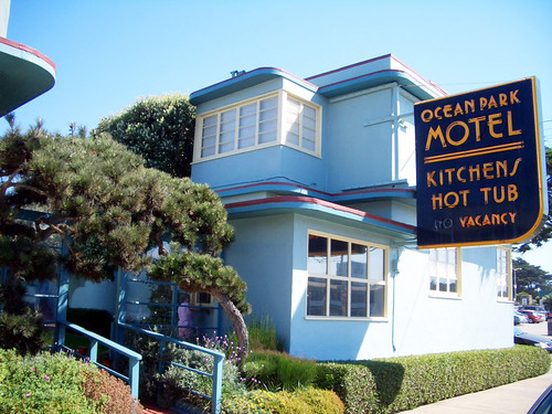 Beach Weekend at the Ocean Park Motel | by Telstar Logistics