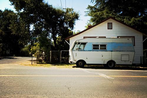 vehicle rv smalltown jamestownca lomoy