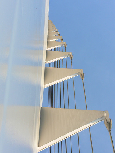 california bridge sky detail reflection photo graphic suspension cable redding santiagocalatrava sacramentoriver novideo sundialbridge photosonly