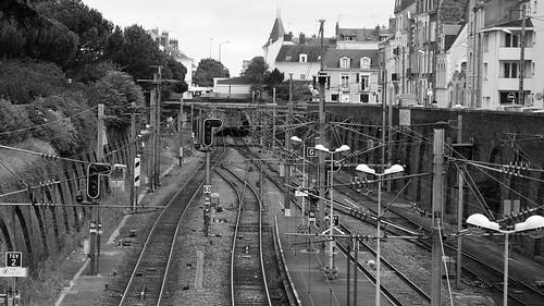 Gare SNCF - Sac de noeud by Bromi