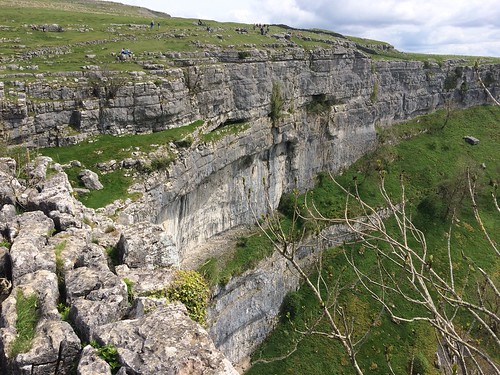 Malham Cove from the west | by malky_c