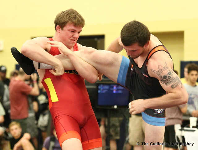 92 kg/203 lbs.- Jacob Warner (University of Iowa) vs. John Borst (SERTC-VT). 180519BJF0086