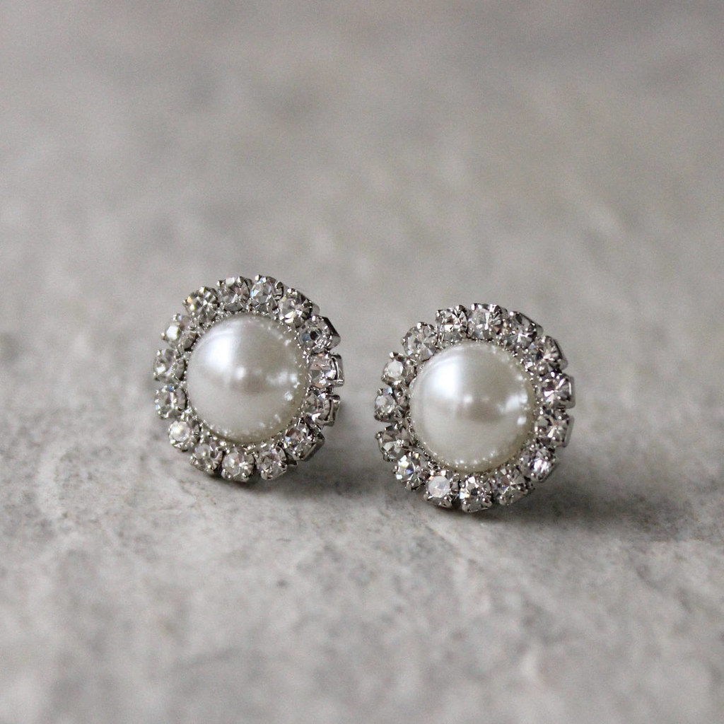 Small Pearl Earrings Bridesmaid Earrings Ivory Pearl Ear Flickr