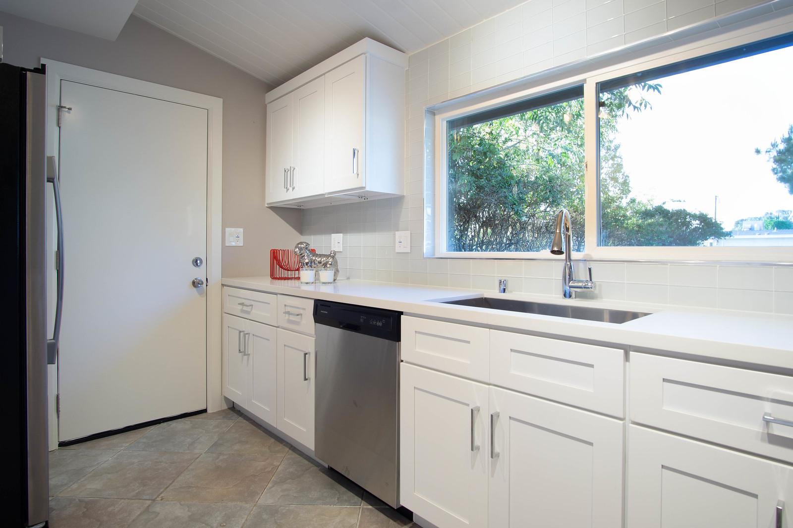 13912 Mansa Dr - Kitchen 7