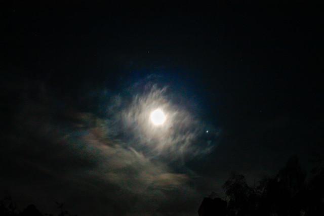 Moonlight Iridescent Clouds & Jupiter 30/04/18