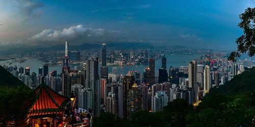 hongkong hong kong city skyline blue hour dusk dawn sunset sunrise sonnenuntergang sonnenaufgang zeiss lights sky himmel heaven skyscraper water park twilight sparkle fabulous