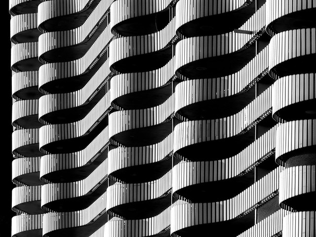 city-gate-waves