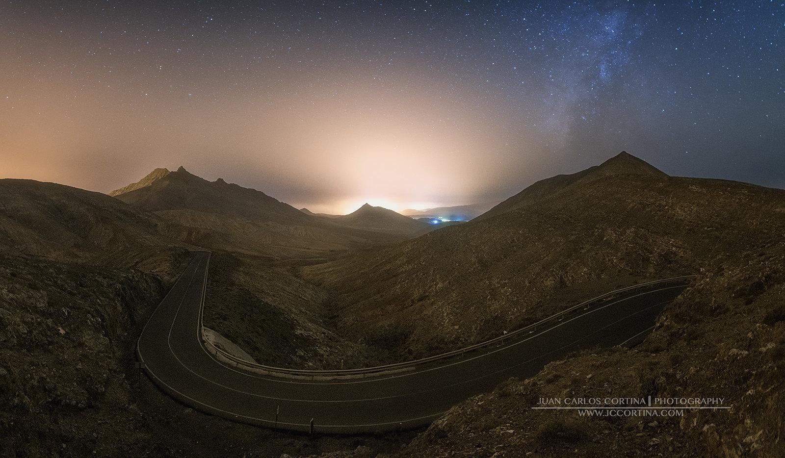 Carretera en Marte. Fuerteventura.