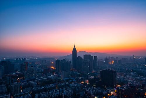 nanjingshi jiangsusheng china cn night skyline skyscraper dawn sunrise urban twilight cloud sky neon city cityscape outdoor aerial landmark landscape nikon nikond800 tamronsp1530f28
