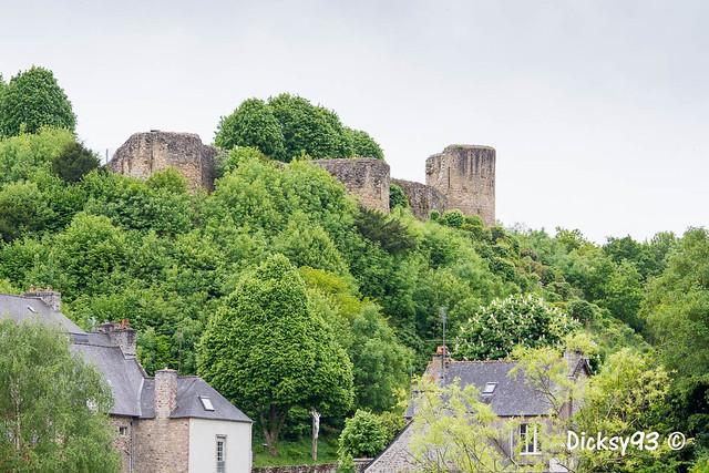 Château féodal de Léhon (Petite Cité de Caractère) Côtes d'Armor