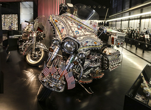 Harley-Davidson Museum | by hammerwold