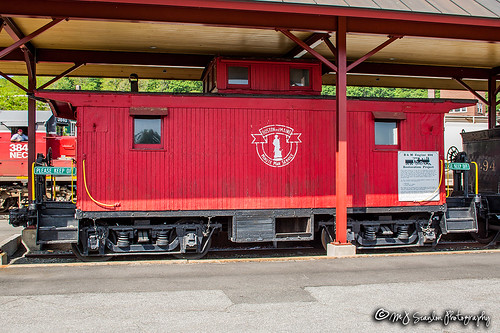 bm bm104610 bostonmaine business caboose canon capture cargo color commerce digital display eos freight haul image impression landscape logistics mjscanlon mjscanlonphotography merchandise mojo move mover moving outdoor outdoors perspective photo photograph photographer photography picture power rail railfan railfanning railroad railroader railway real rollingstock scanlon sky steelwheels super track train trains transport transportation tree vermont view wow ©mjscanlon ©mjscanlonphotography