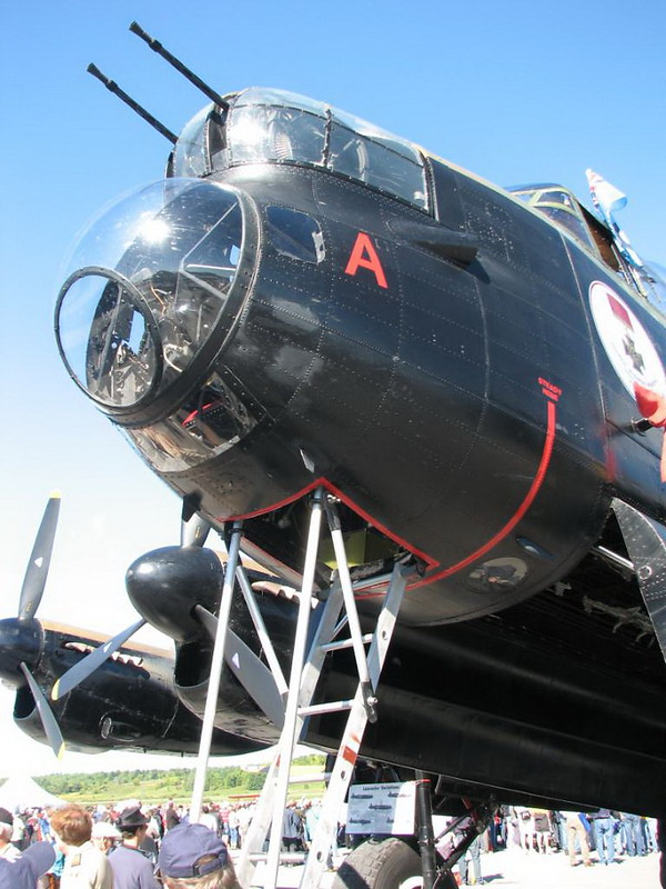 Lancaster Bomber VRA 2
