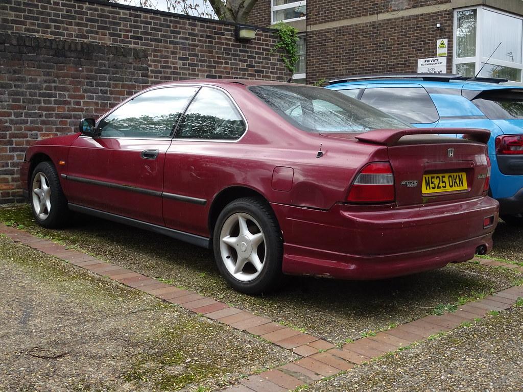 Kelebihan Honda Accord 1994 Perbandingan Harga