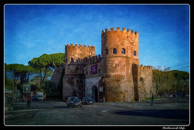 Roma_Porta San Paulo