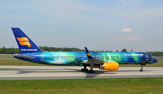 Frankfurt 2018 (1449) TF-FIU B757----Icelandair  (Hekla Aurora colours) | by e_j_johnston