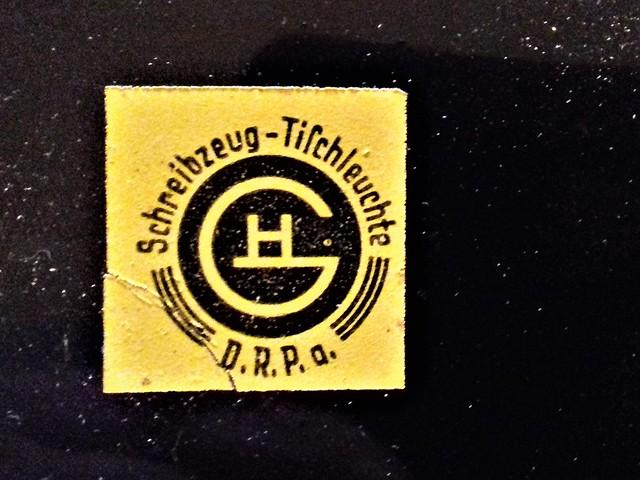 Logo Schreibzeug Tischleuchte Christian Dell