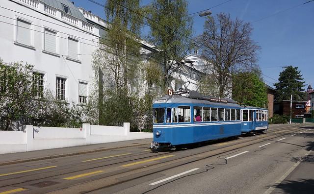 Tram Museum Zürich - Ce 4/4 1392 mit Zweiachsanhänger beim Toblerplatz in  Zürich