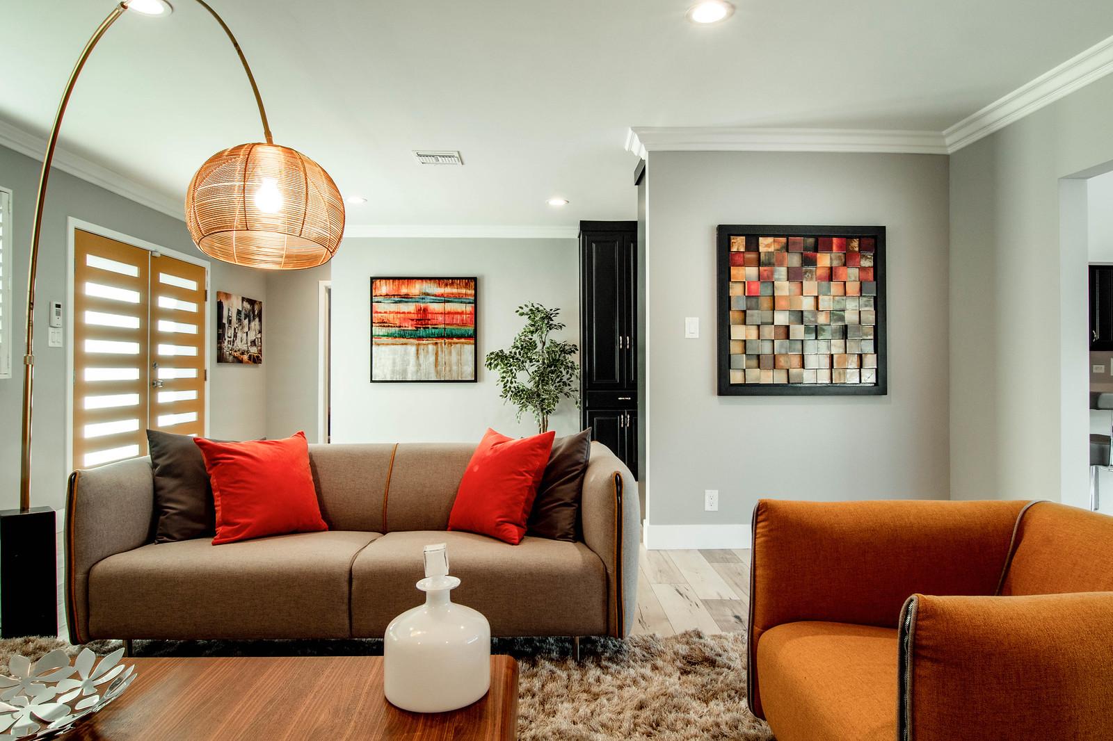 2144 Vuelta Grande-Living Room 2