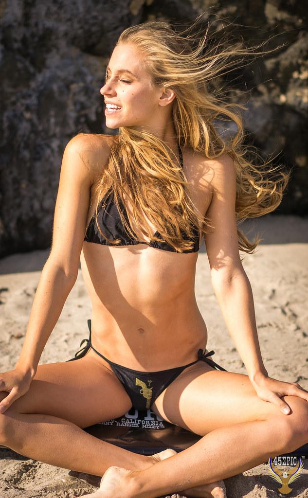 blonde bikini models hot