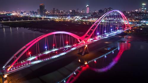 新月橋夜景   by YUSHENG HSU