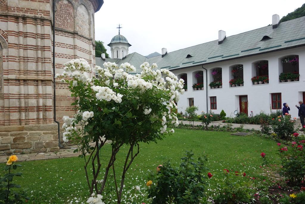romania  monastery cozia  alf igel  flickr