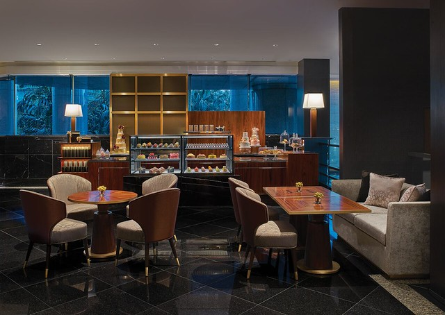 Grand-Hyatt-Hong-Kong-Chocolatier-Interior_preview