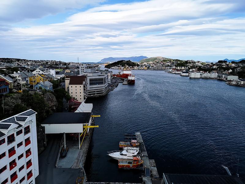 32-Utsikt fra Sørsundbrua