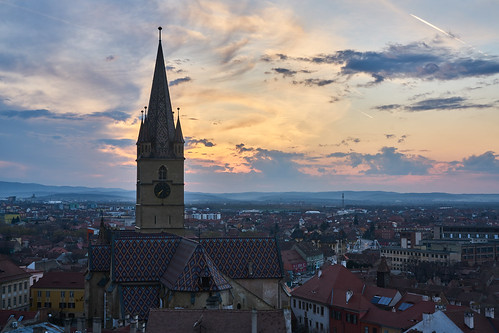 romania rumänien sibiu hermannstadt alpha sony a7rii sel2470gm sunset sonnenuntergang kirche church landscape downtown