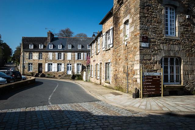 Place de la Mairie 2