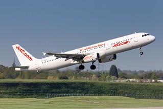 YL-LCV Jet2 (SmartLynx) Airbus A321-231 | by buchroeder.paul