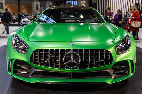 2018 Mercedes Benz AMG GT R Photo