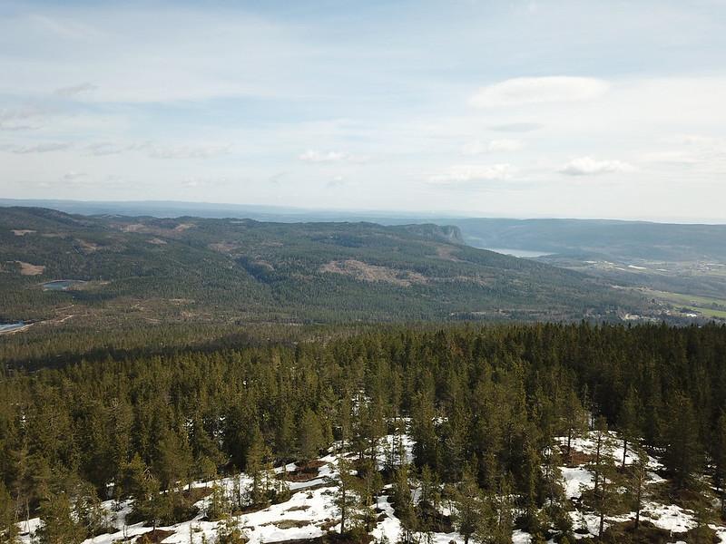 05-Utsikt mot Hørtekollen fra Gjevlekollen (drone)