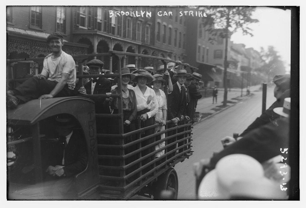 Brooklyn car strike (LOC)