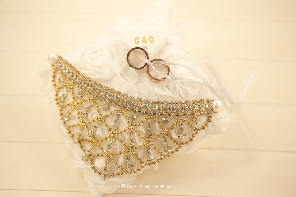 Rhinestonecrystal Flower Bridal Ring Pillowring Bearer